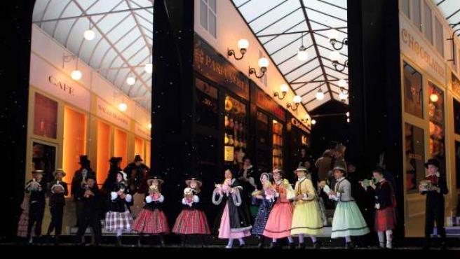 Imagen de una representación en el Teatro Real de 'La bohème'