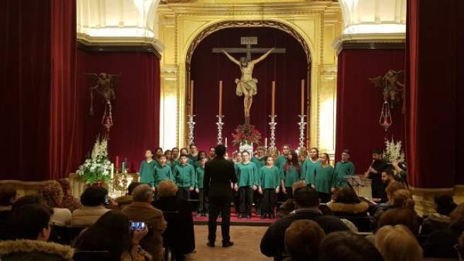 El Coro Meridianos ofrece su concierto de Navidad en la Capilla Universitaria