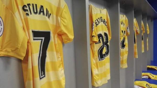 Camiseta amarilla del Girona.
