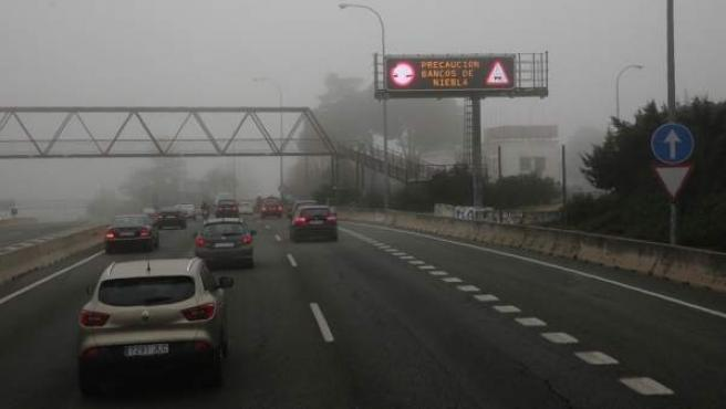 La niebla ha complicado la circulación en algunas carreteras.