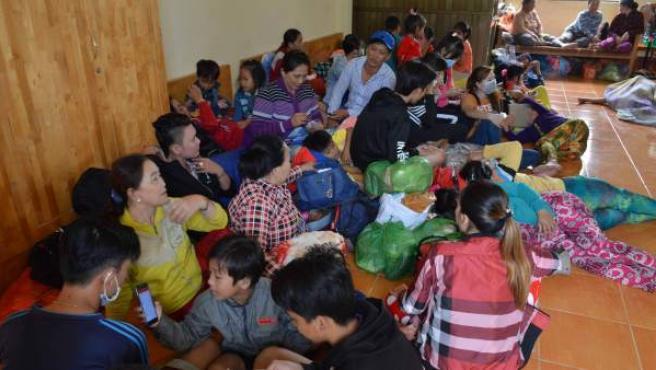 Más de medio millón de evacuados en Vietnam por el tifón Tembin.