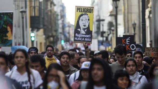 Protestas por el indulto a Alberto Fuijimori.