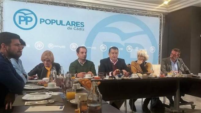 Antonio Sanz en un desayuno informativo en Cádiz