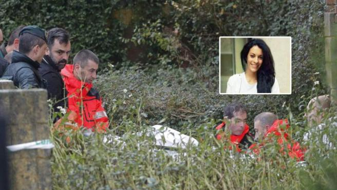 Momento en el que los operarios sacan del pozo el cadáver de Diana Quer.