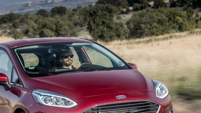 La nueva generación del Ford Fiesta sustituye al modelo anterior, de 2008 con actualización en 2013.