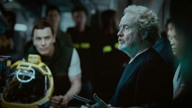 El director Ridley Scott en el rodaje de 'Alien: Covenant'.