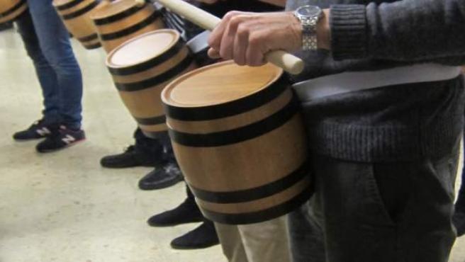 Ensayo de la tamborrada Sheshenarena.
