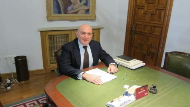 El presidente de la Diputación de Valladolid, Jesús Julio Carnero