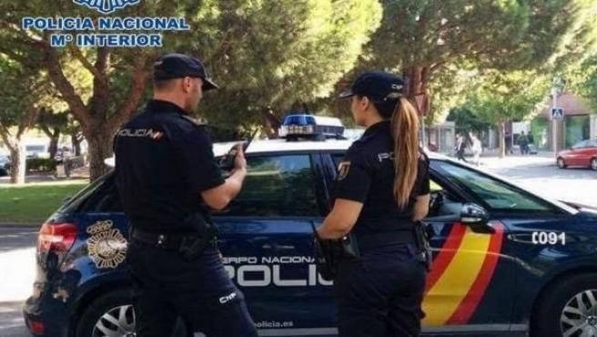 Nota De Prensa: La Policía Nacional Detiene A Un Individuo Reclamado Por Siete J