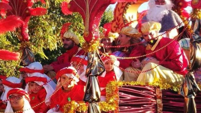 Cabalgata de Reyes en un barrio de Sevilla
