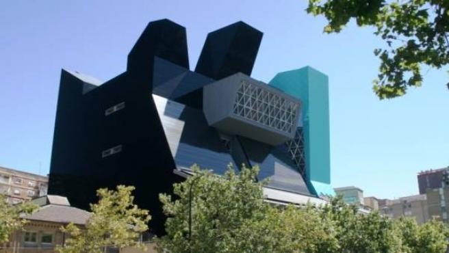Edificio que alberga el IAACC PAblo Serrano de Zaragoza