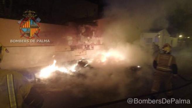 Incendio de contenedores en Palma