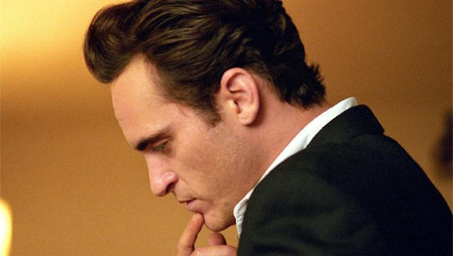 "Gary Oldman: ""Quiero ver a Joaquin Phoenix haciendo de Batman"""