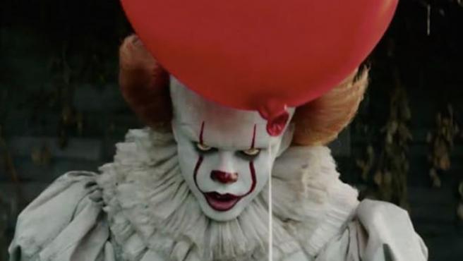 'It': Pennywise también es la peor pesadilla de Bill Skarsgård (literalmente)