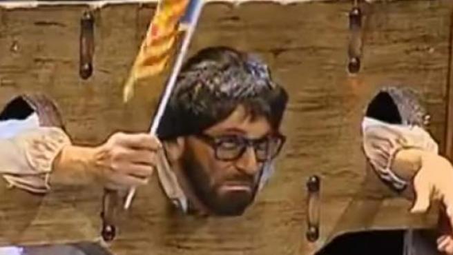 Puigdemont, guillotinado en una chirigota de Cádiz.