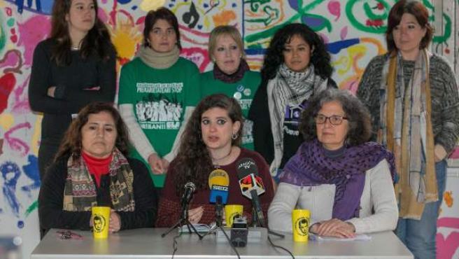 Las portavoces de la coordinadora de asociaciones de mujeres que han participado en Zaragoza en un encuentro estatal para preparar la huelga del 8 de marzo.