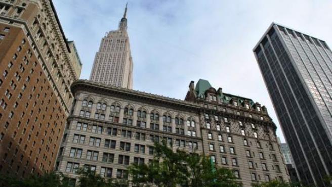 El edificio Empire State, visto desde la plaza Herald Square, en Manhattan, Nueva York (EE UU), en una imagen de archivo.