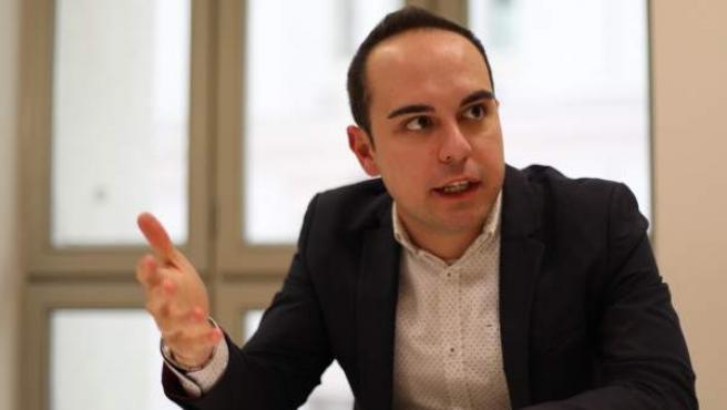 El delegado de Desarrollo Urbano Sostenible, José Manuel Calvo, durante la entrevista con 20minutos en el Ayuntamiento de Madrid.