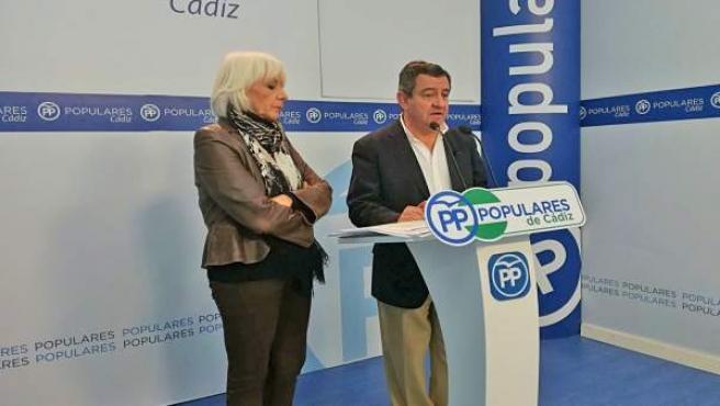 Los populares José Loaiza y Teófila Martínez