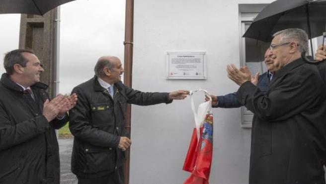 Mazón inaugura la rehabilitación de la antigua casa parroquial de Orejo