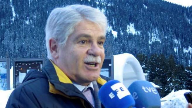 El ministro español de Exteriores, Alfonso Dastis, en la ciudad suiza de Davos, donde se celebra el Foro Económico Mundial.