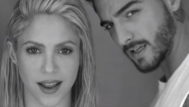 Shakira y Maluma en un fotograma del videoclip del tema 'Trap'