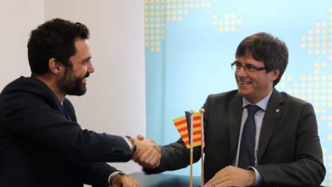 Imagen de Torrent y Puigdemont en Bruselas.