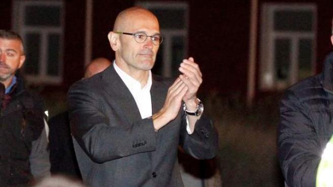 El exconseller de la Generalitat Raül Romeva, a su salida de la prisión de Estremera.