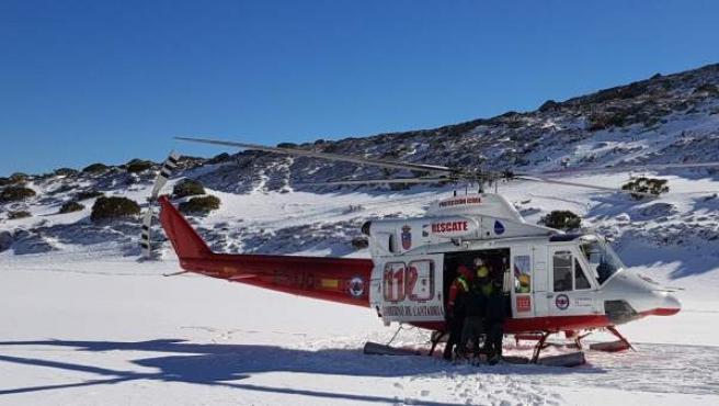 El helicoptero del 112 en Alto Campoo
