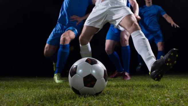 Imagen de un partido de fútbol.