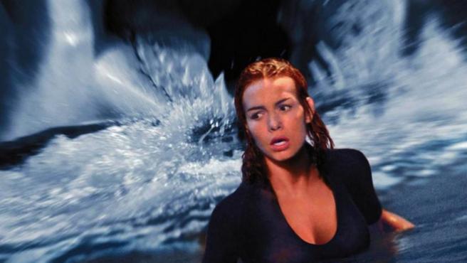 Tráiler: La secuela de 'Deep Blue Sea' es lo peor que vas a ver hoy