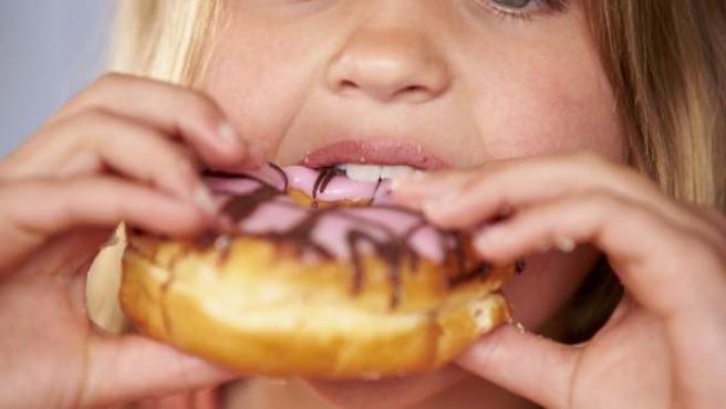 En España el 23,2% de los niños entre 6 y 9 años padece sobrepeso y el 18,1% obesidad.
