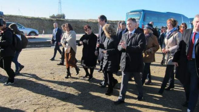 El ministro de Fomento, Íñigo de la Serna, visita las obras de la SG-20.