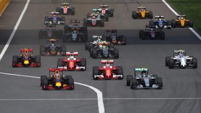 Imagen de la salida del Gran Premio de China de Fórmula 1.