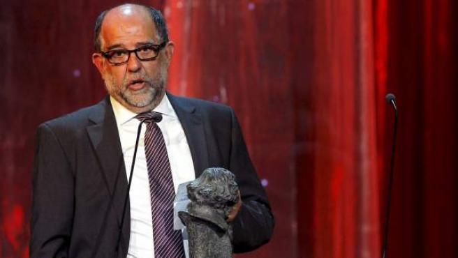 Reyes Abades, con el Goya a los Mejores Efectos Especiales que obtuvo por la película 'Balada triste de trompeta', en la XXV edición de los Premios Goya, celebrada en 2011.