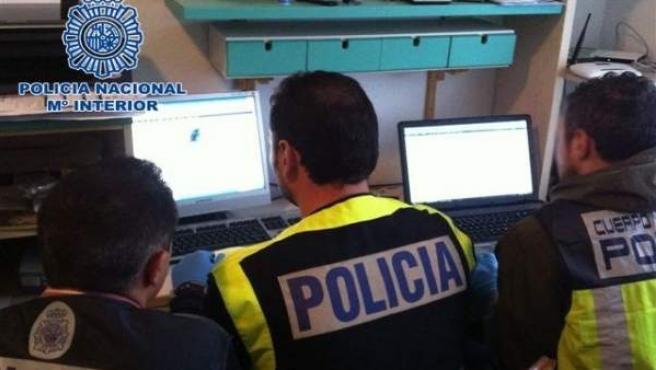 Polcía Nacional detiene a 40 hombres por intercambiar material pedófilo en red
