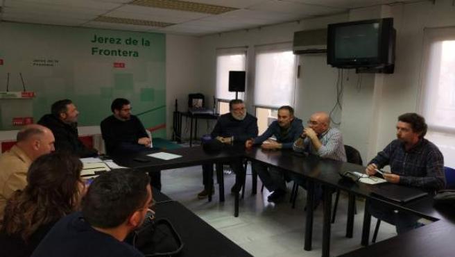 Reunión entre la Plataforma en Defensa del Ferrocarril y el PSOE
