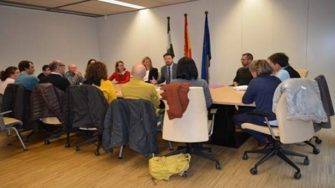 Encuentro de la Junta de Andalucía con artesanos