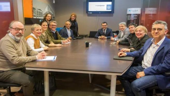 Participantes en la renovación de la colaboración