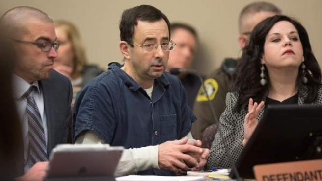 <p>Larry Nassar durante el juicio en el que fue condenado por abusos y agresión sexual. </p>