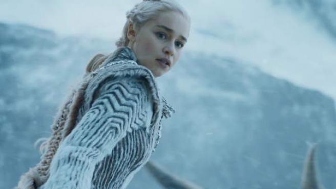 La reina Daenerys Targaryen, también llamada Daenerys de la Tormenta en la serie Juego de Tronos.
