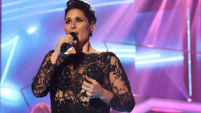 Rosa López ganó la primera edición de Operación Triunfo con tan solo 20 años. Se ganó el apodo Rosa de España y representó a España en el Festival de Eurovisión de 2002, quedando en séptima posición. La cantante reveló el pasado año en el programa Hora Punta, de La 1, que nunca llegó a recibir el dinero del premio del concurso.