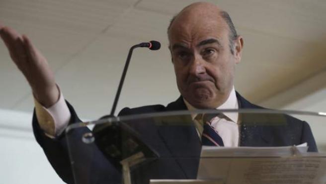 Guindos, durante la rueda de prensa en que se ha anunciado su candidatura al Banco Central Europeo (BCE):