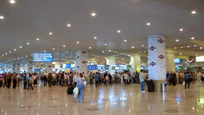 Terminal de pasajeros del aeropuerto internacional de Domodedovo, Moscú.