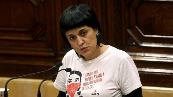 Anna Gabriel, diputada de la CUP, durante el debate de investiudra de Carles Puigdemont.