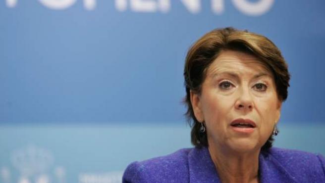 Magdalena Álvarez, en una imagen de su etapa como ministra de Fomento.