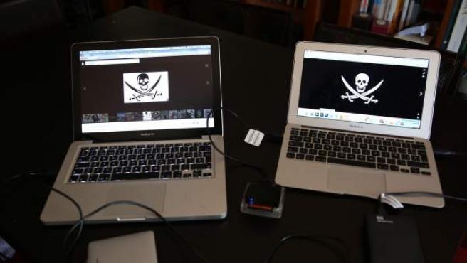 Páginas piratas en Internet.