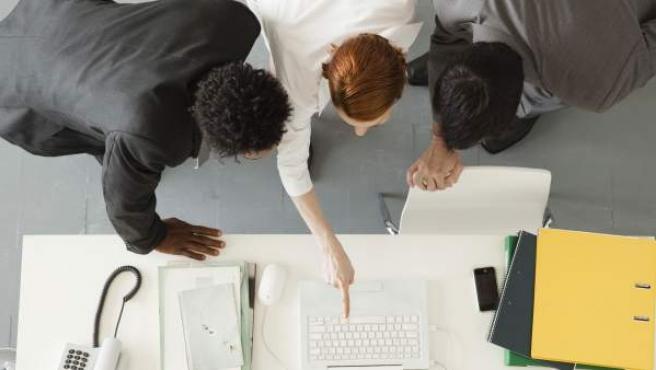 Un grupo de emprendedores reunidos