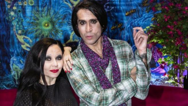Alaska y Mario Vaquerizo posan en una foto de archivo.