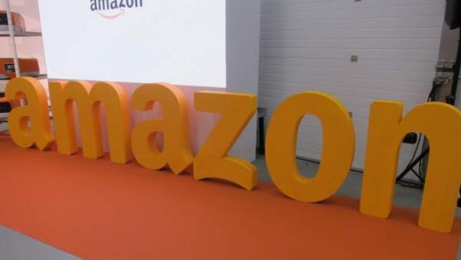La empresa de comercio electrónico Amazon fue creada en 1994 y tiene su sede en Seattle, Washington (Estados Unidos).